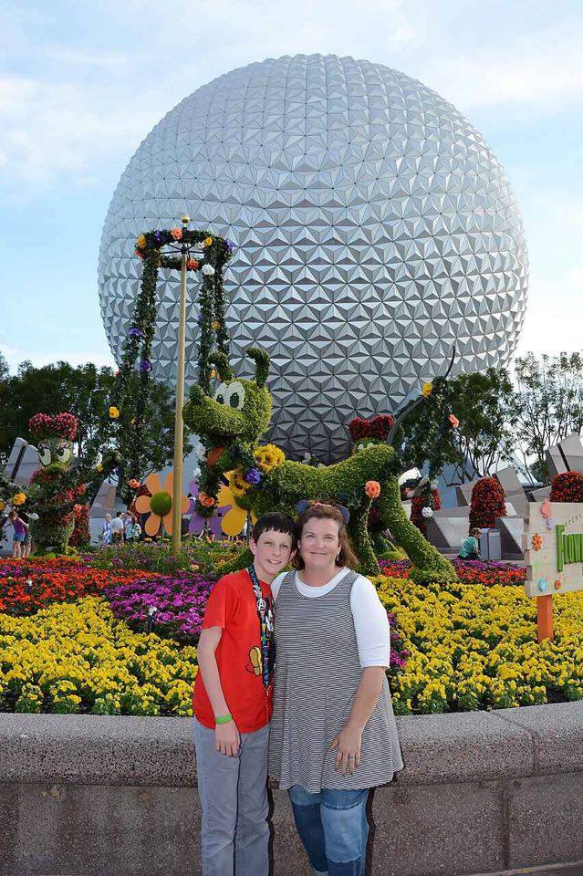 Mom and son trip to Disney World (with price breakdown)